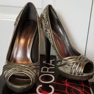 Icora high heels